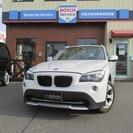 BMW X1 sドライブ 18i (ホワイト) クロカン・SUV