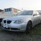 BMW 5シリーズ 530i (シルバー) セダン