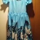 フラのドレス