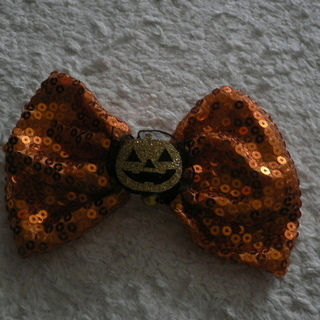 ハロウィン用 髪飾り 大きめリボン 開封のみの美品