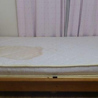 ニトリのシングルベッドを無料で差し上げます。(購入価格3,…