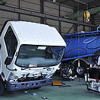 車検整備、特殊車両整備、キズ・凹み板金塗装は、実績50年の【村本...