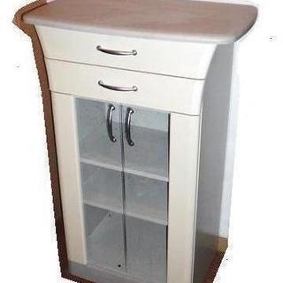 【終了】キッチン食器棚 兼 調理台 無料でお譲りします