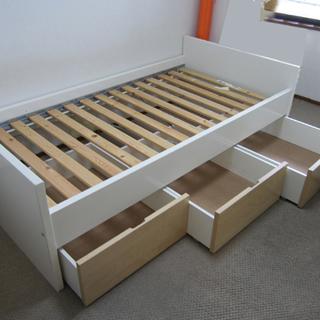 シングルベッド安価で!(¥1,500.-)