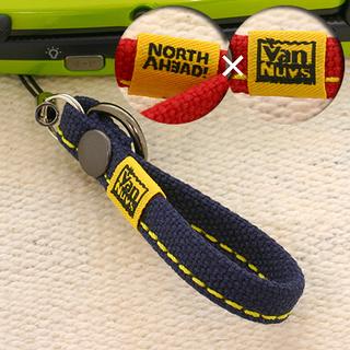 ノースアヘッドxバンナイズ 帆布ショート携帯ストラップ(ネイビー...