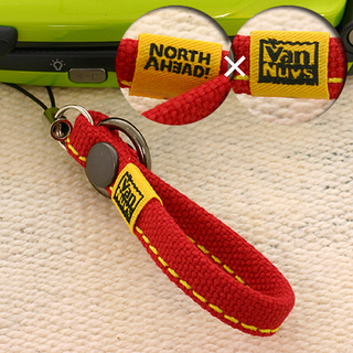 ノースアヘッドxバンナイズ 帆布ショート携帯ストラップ(レッド)...