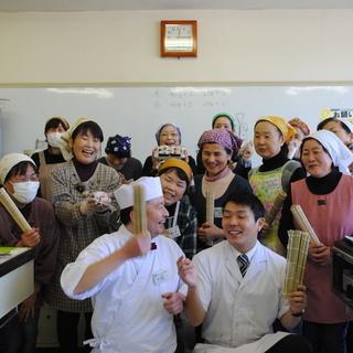 今話題の「楽しい飾り巻き寿司教室」...