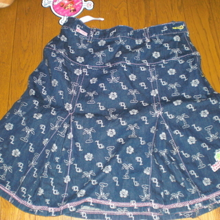 デイジーラバーのスカート