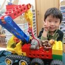 ブロックとロボット、工作で学ぶ科学教室エルプレイス