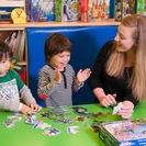 1歳半から6歳までのクラス、6歳から12歳まで野クラス、ママと一緒の英語コースなどの様々な幼児・子供向けの楽しい英語教育 - 港区