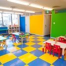1歳半から6歳までのクラス、6歳から12歳まで野クラス、ママと一緒の英語コースなどの様々な幼児・子供向けの楽しい英語教育 - 教室・スクール