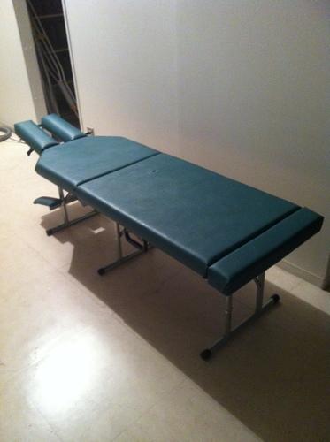 折り畳みカイロベッド「トニーズテーブル」(中古品)を9000円でお譲り
