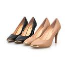 女性なら一足は欲しい美脚を演出するファッションハイヒール
