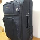 ソフトスーツケース(2輪タイプ)<2回だけ使用>