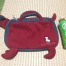 犬の形のバッグ