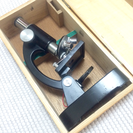 レトロな顕微鏡 箱付き