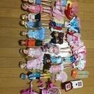 リカちゃん人形と洋服
