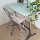 【終了】IKEA BILLSTA製ガラストップ付きバーテーブル&チ...