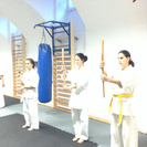 日子流体術/体術・小太刀・護身術からなる武術 - スポーツ