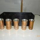 銅製コップ