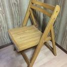 折りたたみ式木製椅子2脚