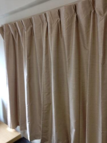 ... 無印用品カーテン 4組セットの1枚目の画像 ...