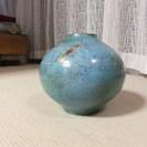 ターコイズブルーの青銅花瓶(峰雲作)