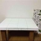 タイル貼り テーブル