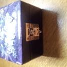 高級ミニ宝石箱!木製の鏡つき!
