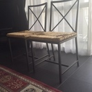 IKEAの黒い椅子×2脚