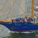 帆船「みらいへ」 標準時子午線が通過する最南端の島・友ヶ島近海への...