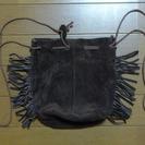 未使用のスウェード生地のバッグ
