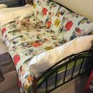 シングルベッド。マットレス付き