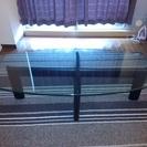 【無料で差し上げます】シンプルなガラス製センターテーブル