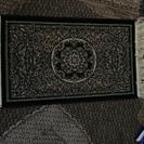 ペルシャ絨毯を現地から直輸入します。