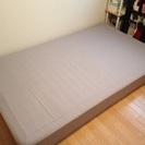IKEA製セミダブルサイズベッド