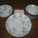 シンプルで爽やかな模様の和皿のセット / 皿 / 食器