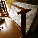 ★無料でお譲りします★ 木製シングルベッド  横幅103cm × ...