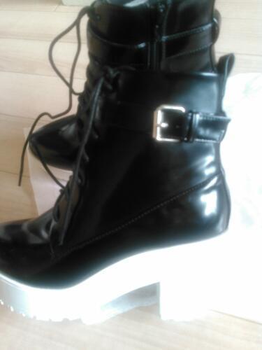 激安❢新品❢最終価格❢委託❢渋谷109で大人気の靴メーカーULULA ③ショートブーツ23.5cm~24cm (義郎)  弥刀の靴《ブーツ》の中古あげます・譲ります|ジモティーで不用品の処分