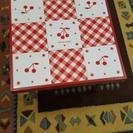 正方形の小さめテーブルです!