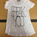 Janiss ロングTシャツ