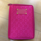 MARC BY MARC JACOBS  ファスナーつきケース