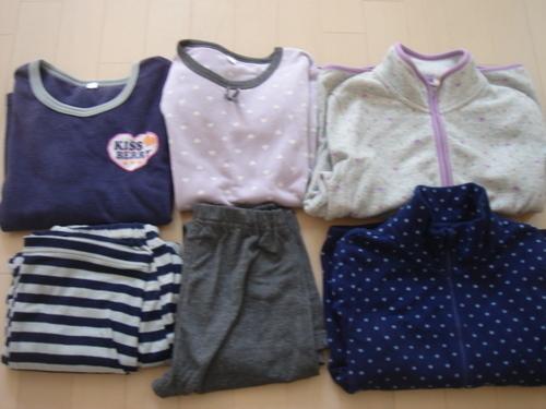 53ae65a6c8517 140サイズ女児冬用パジャマ2セット、ユニクロフリース2枚 (キヨキヨ ...