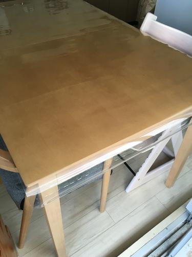 ニトリ透明 テーブルマット はちべー 今福鶴見のテーブル