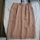 オレンジ色のスカート 新品です。 13号 タグつきです。