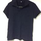 黒のポロシャツ!