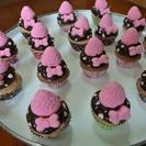 手作りデコスィーツ◆ピンクのイチゴのカップケーキ◆マグネット(リ...