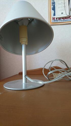 ... 無印良品 電気スタンドインバーター式の1枚目の画像 ...