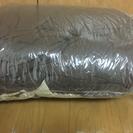 羽毛布団(シングル)、枕、布団カバー付き