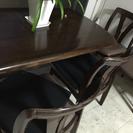 テーブルと椅子必要な方!